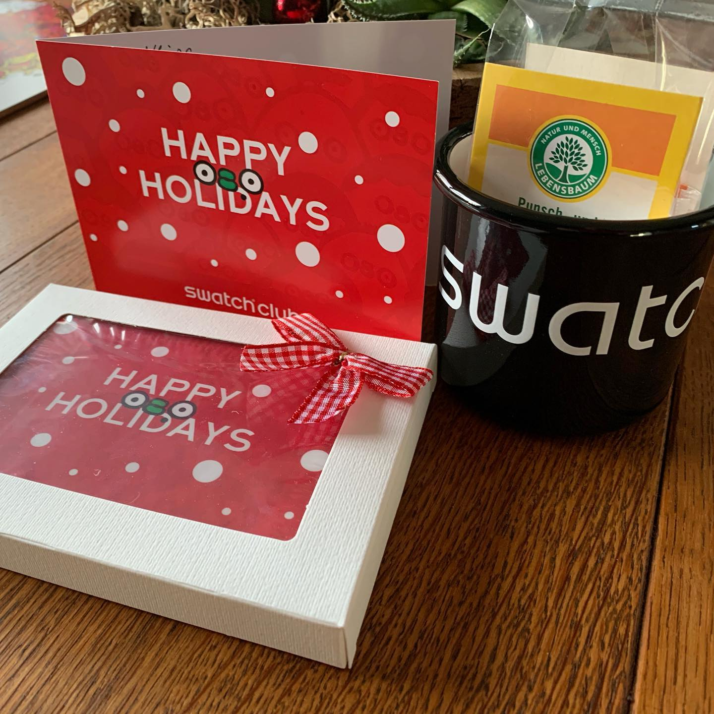 Thank you Swatch Germany for your Christmas greetings @swatch @swatchclub