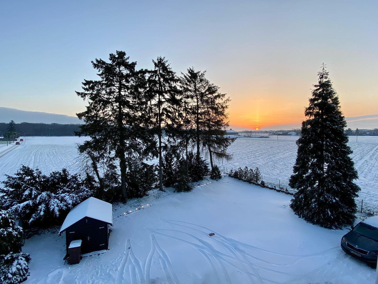 Cold and peaceful with -9 C